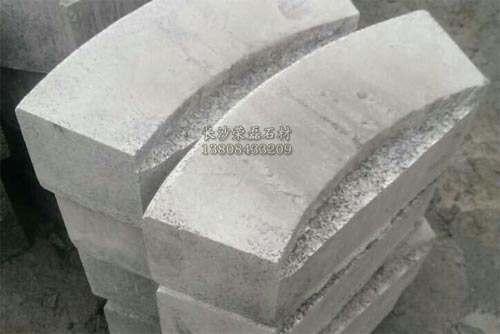 弧形路缘石尺寸
